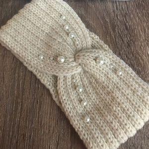 Winter Ear headband with pearls